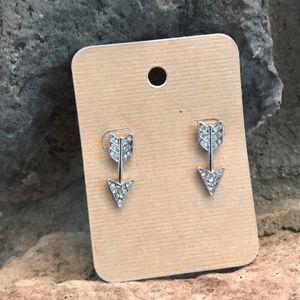 Jewelry - Arrow Earrings NWOT